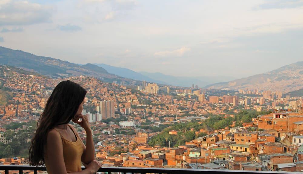 j'ai décidé de partir vivre à Medellin