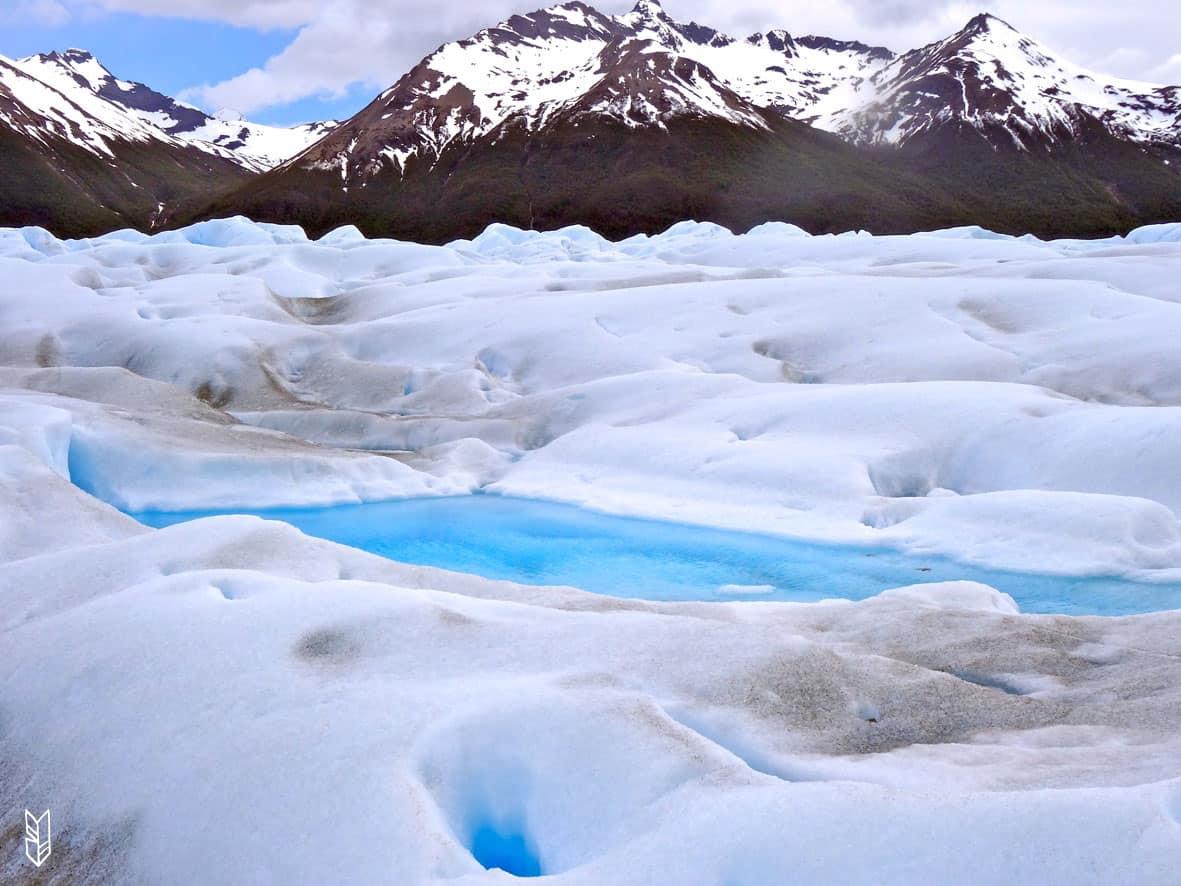 marcher sur un glacier en Patagonie