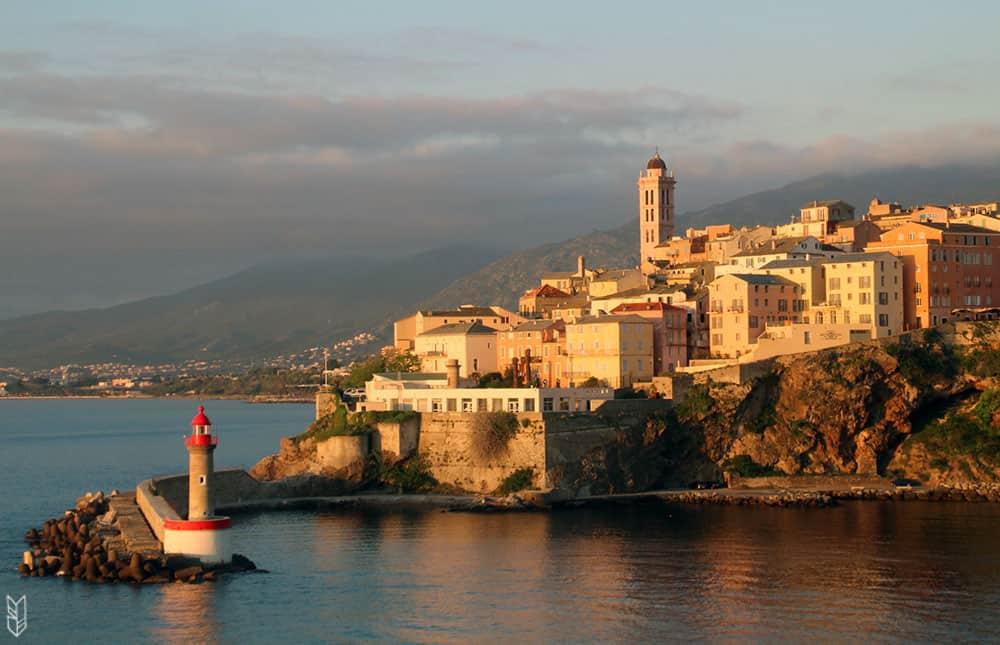 arrivée à Bastia en Corse