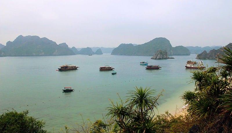 visiter la Baie d'Halong au Vietnam