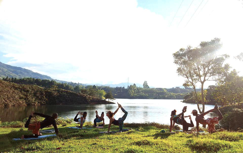 faire du yoga dans une finca à Guatapé